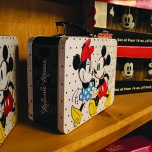 candy-town-boutique-mickey